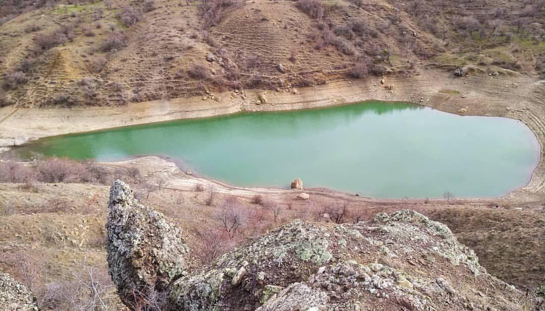 Від озера залишилася невелика калюжа